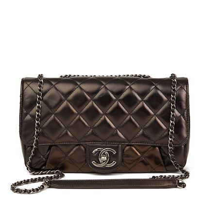 black-quilted-iridescent-calfskin-leather-classic-single-flap-bag