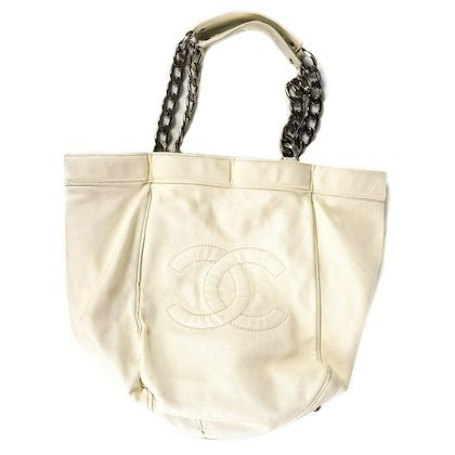 chanel-caviar-cc-tote-bag-medium-white-leather-chain-handles-logo-pre-owned-used