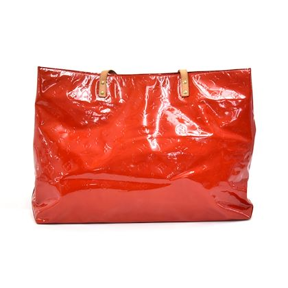 louis-vuitton-reade-gm-red-vernis-leather-handbag