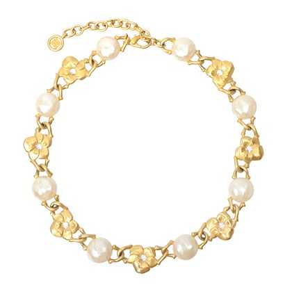 givenchy-pearl-flower-design-chain-necklace