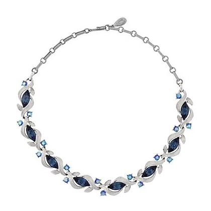1960s-vintage-lisner-blue-necklace