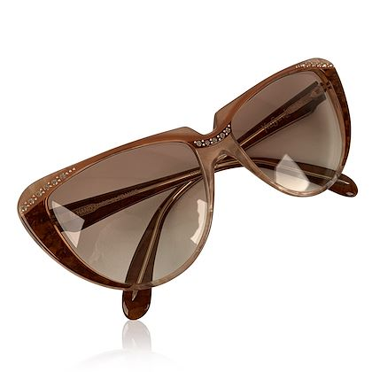 yves-saint-laurent-vintage-cat-eye-sunglasses-rhinestones-8-704-po-74
