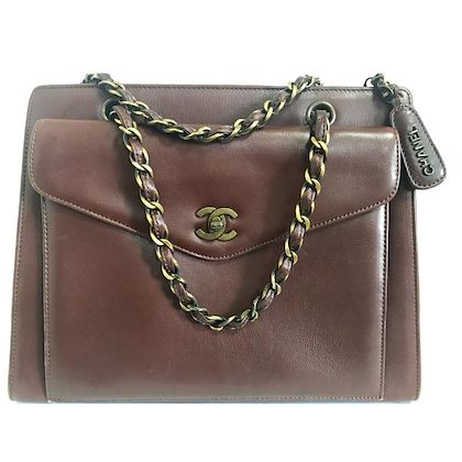 vintage-chanel-wine-chocolate-brown-leather-handbag-with-copper-finished-chains-and-cc-closure-classic-and-daily-use-bag