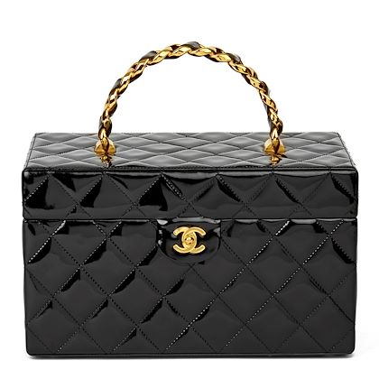black-quilted-patent-leather-vintage-classic-vanity-case