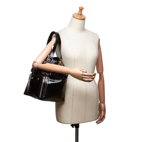 ysl-patent-leather-downtown-tote-bag