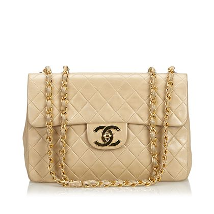 chanel-maxi-classic-single-flap-bag