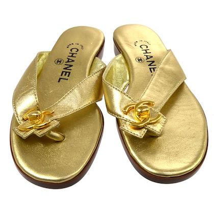 chanel-cc-turnlock-motif-shoes-sandals-gold-leather