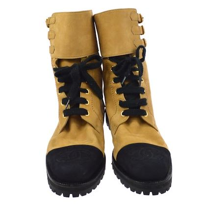 chanel-cc-logos-short-boots-shoes-brown-suede-7