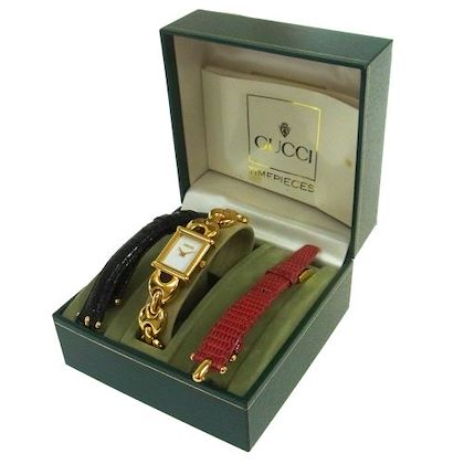 gucci-change-band-quartz-wristwatch-bangle-1800l