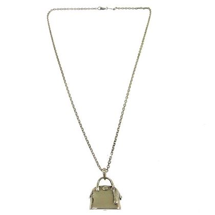 hermes-bolide-bag-motif-silver-chain-necklace