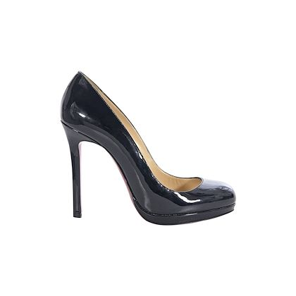 black-christian-louboutin-patent-leather-pumps-2