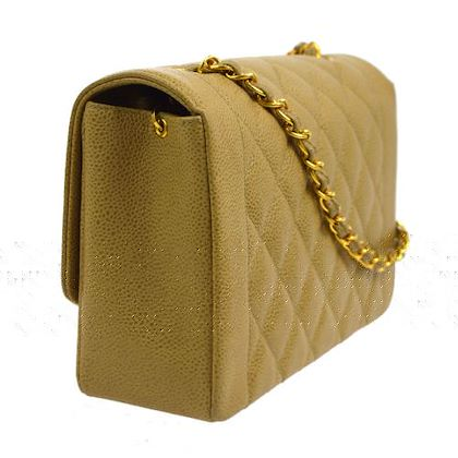 chanel-diana-quilted-single-chain-shoulder-bag-beige
