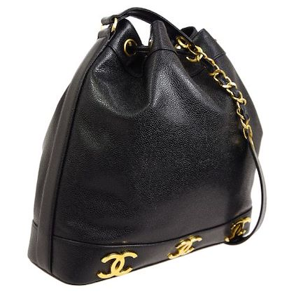 chanel-cc-drawstring-chain-shoulder-bag-black-15