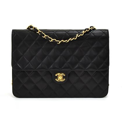 chanel-10-timeless-black-quilted-leather-shoulder-flap-bag-ex