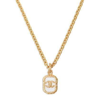 chanel-glass-cc-mark-plate-chain-necklace