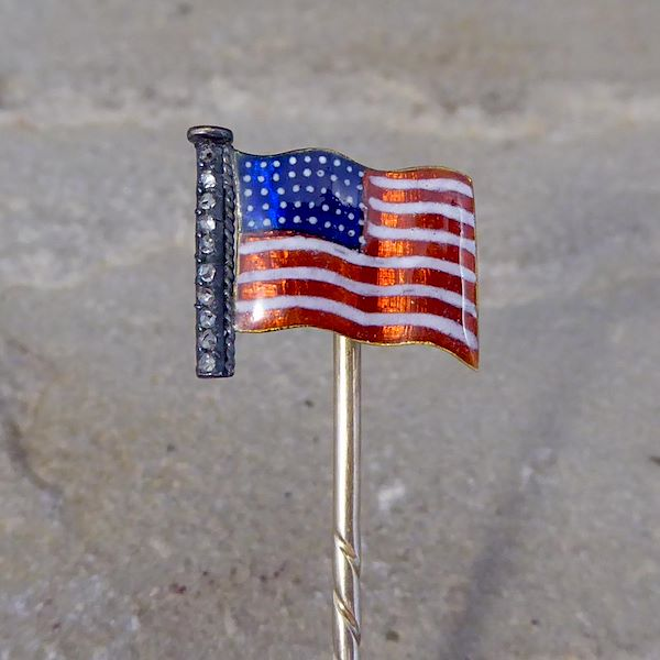 late-victorian-quality-enamel-american-flag-pin-with-diamonds-high-carat-gold
