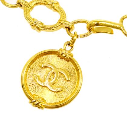 chanel-cc-logos-medallion-charm-gold-chain-belt-2