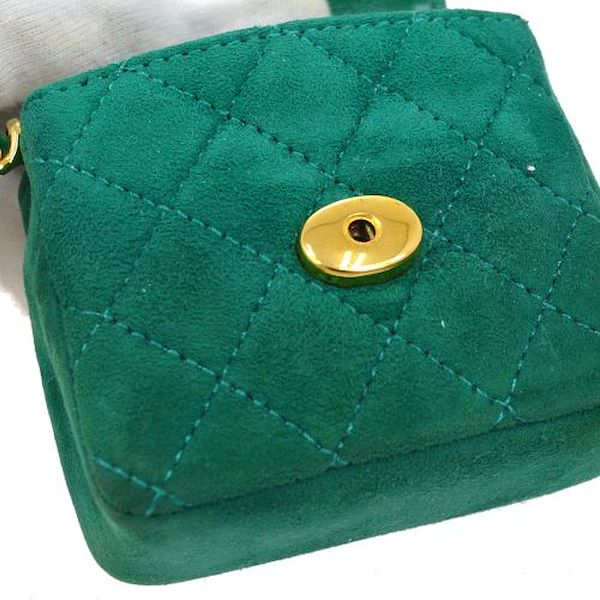 chanel-quilted-chain-mini-shoulder-bag-green