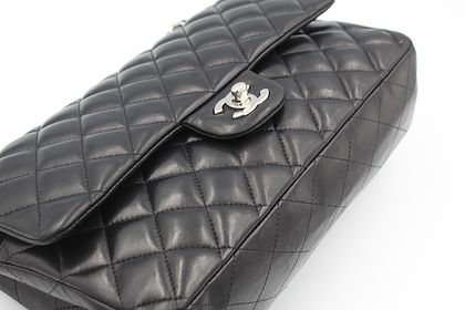 chanel-timeless-bag-in-black-lambskin-leather-and-silver-hardware-2