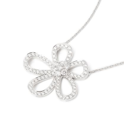18k-white-gold-diamond-flowerlace-necklace