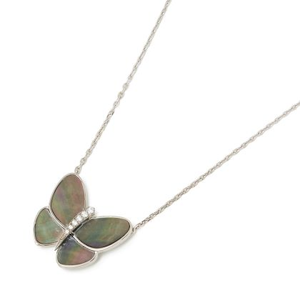 18k-white-gold-grey-mother-of-pearl-diamond-fly-flutter-butterfly-necklace