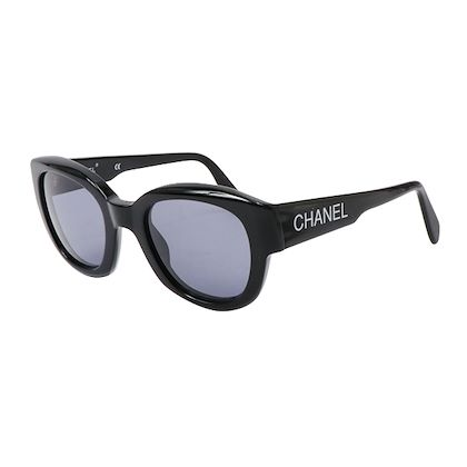 chanel-side-logo-sunglasses-black-2