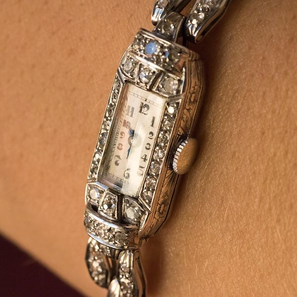 french-1930s-platinum-18-karat-white-gold-diamond-art-deco-lady-watch