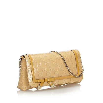 beige-guccisima-gucci-patent-leather-shoulder-bag