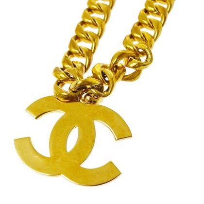 chanel-cc-logos-jumbo-chain-necklace-gold