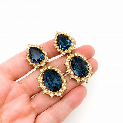 vintage-dior-gold-midnight-blue-teardrop-crystal-cocktail-earrings-1980s