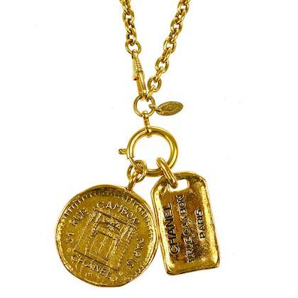 chanel-medallion-plate-necklace-gold