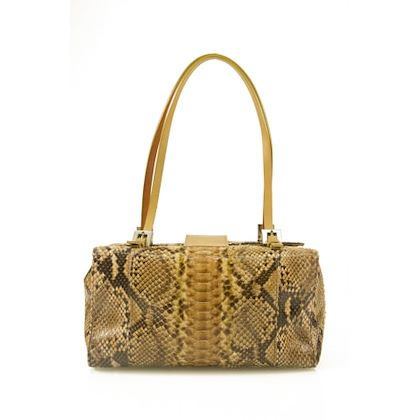 fendi-animal-prints-leather-shoulder-bag