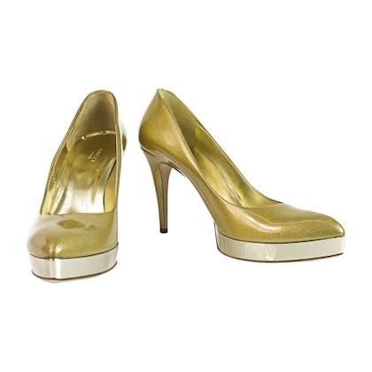 gucci-golden-pumps-heels