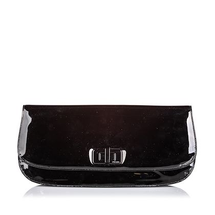 prada-patent-leather-clutch-bag