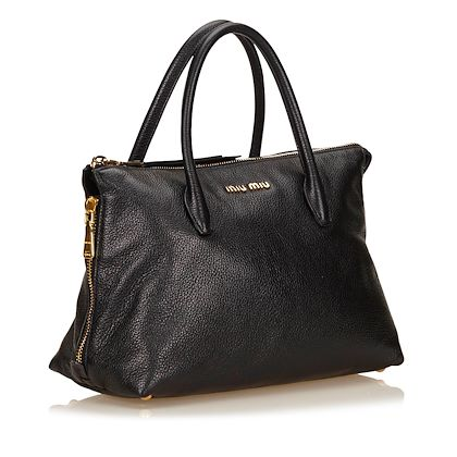 miu-miu-leather-handbag-37