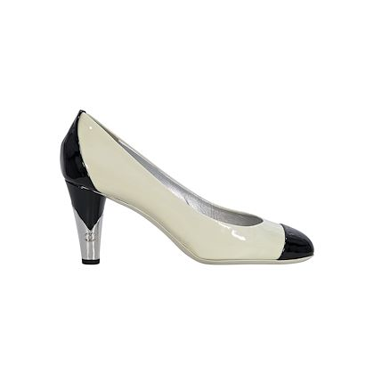 white-black-chanel-patent-leather-pumps