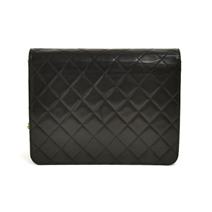 chanel-85-classic-flap-black-quilted-lambskin-leather-shoulder-bag-2
