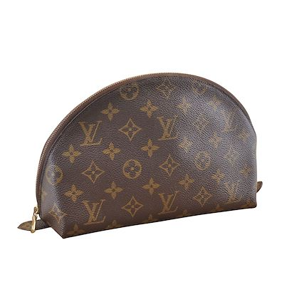 louis-vuitton-trousse-ronde-handbag-4