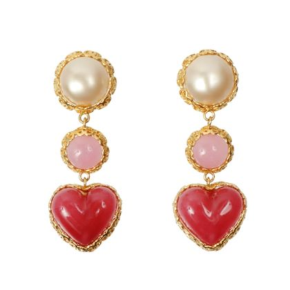 chanel-heart-pearl-swing-earrings-pinkwhitegold