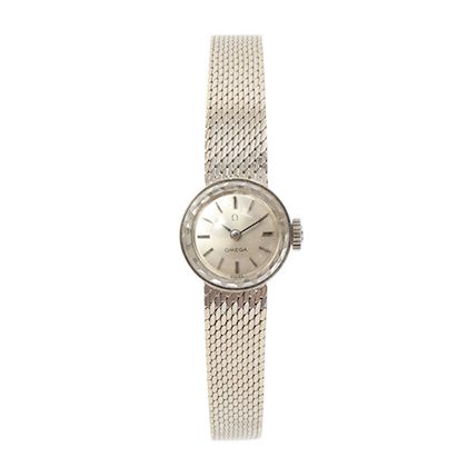 omega-14k-round-cut-glass-watch-silver