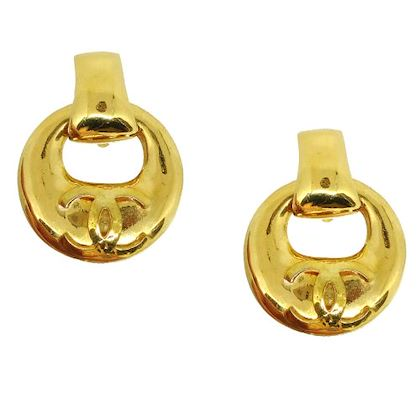 chanel-cc-logos-shaking-earrings-clip-on-gold