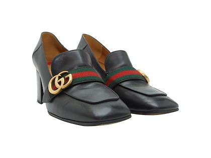 black-gucci-leather-loafers