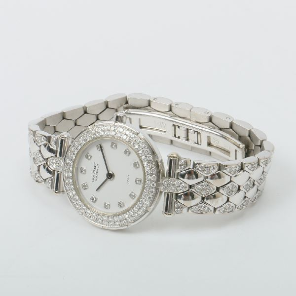van-cleef-arpels-18k-sport-ii-diamond-bezel-watch-white-gold-3