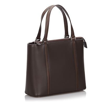 burberry-leather-tote-bag-13
