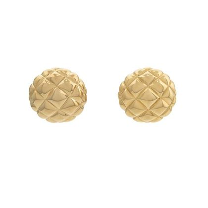 1980s-vintage-dorlan-quilted-clip-on-earrings