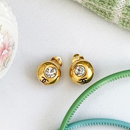 chanel-rhinestone-round-cc-mark-mini-earrings