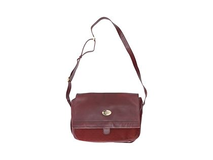 burgundy-vintage-gucci-leather-and-logo-messenger-bag