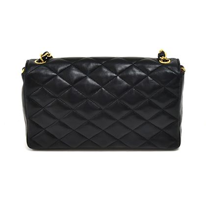 vintage-chanel-beak-tip-cc-logo-flap-black-quilted-lambskin-leather-shoulder-bag