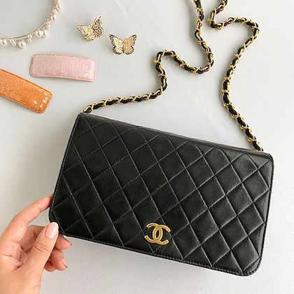 chanel-full-flap-cc-mark-plate-chain-bag-23cm-black-5