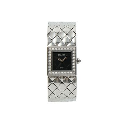 chanel-diamond-bezel-matelasse-watch-blacksilver